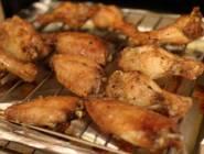مدينة صينية تكتشف فيروس كورونا في أجنحة دجاج مجمدة