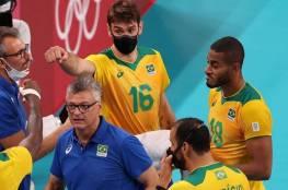 أولمبياد طوكيو.. لماذا يخوض لاعب طائرة البرازيل المباريات بالكمامة؟