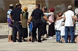 عصابات المستوطنون يستولون على بناية سكنية جنوب الأقصى بمساندة قوات الاحتلال