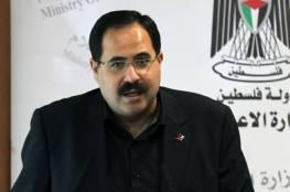 صيدم: 48 معلماً يغادرون للكويت.. وبدأنا توزيع المنهاج الجديد بغزة