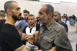 محافظ جنين : استشهاد 4 شبان فجرا والاحتلال يحتجز جثماني شهيدين