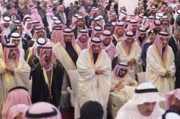 حساب منسوب لأمير سعودي يغرّد خارج سرب العائلة المالكة