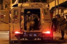 الاحتلال يصيب اسيرا محررا بالرصاص ويعتقل فتيين من نحالين غرب بيت لحم
