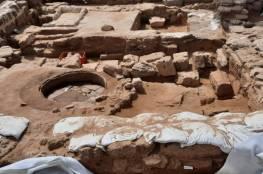 العثور على قبور أثرية بموقع القديس هيلاريون وسط قطاع غزة