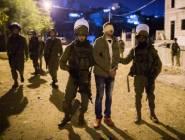 قوات الإحتلال أعتقلت 17 مواطناً من أنحاء من الضفة الغربية