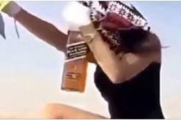 مقطع جديد يقود للقبض على فتاة الرياض ويكشف مفاجأة صادمة....بالفيديو