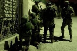 حملة اعتقالات في الضفة الغربية فجر اليوم
