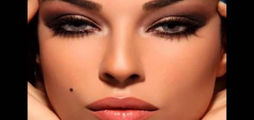 حبة_الخال_من_علامات_الجمال