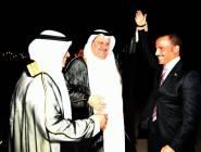 """هكذا احتفت """"الكويت"""" بالغانم بعد طرده وفد إسرائيل"""