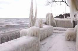 بسبب موجة البرد ..تجمد منزل في نيويورك