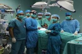 لأول مرة في فلسطين..عملية زراعة مفصل لمريض مصاب بالهيموفيليا