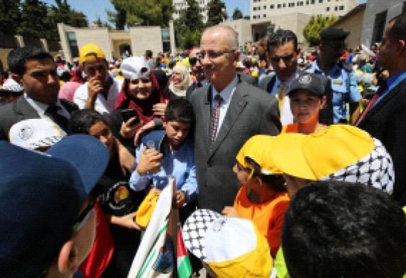 الحمد الله: جهودنا للنهوض بواقع الطفولة لن تكتمل دون إنقاذ أطفالنا في غزة
