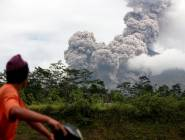 في أقل من 24 ساعة يثور 7 مرات بركان إندونيسي