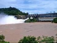 مئات المفقودين وآلاف المشردين في انهيار سد في لاوس