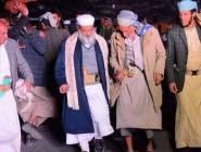 """بالصور.. خطيب جامع """"صالح"""" يرقص فرحا بمقتله!"""