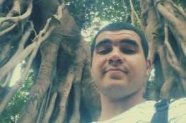 رشَّحوا له طريقة الانتحار الأمثل ظناً أنها مزحة لكنه فعلها! قصة شاب مصري خلّده أصدقاؤه على طريقتهم