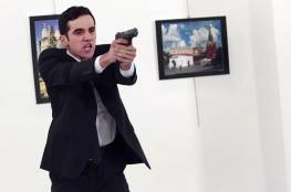 """كيف علّق مشاهير """"تويتر"""" على اغتيال السفير الروسي بأنقرة؟"""