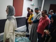 فرنسا : امرأة فرنسية تخطب الجمعة بمسجد في باريس