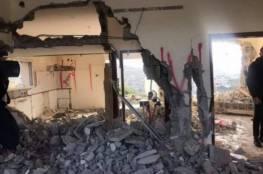 الاحتلال يجبر مقدسيين على هدم منزل ومطعم في سلوان وجبل المكبر