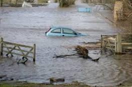 حالة عواصف و فيضانات تغرق جنوب غرب إنجلترا