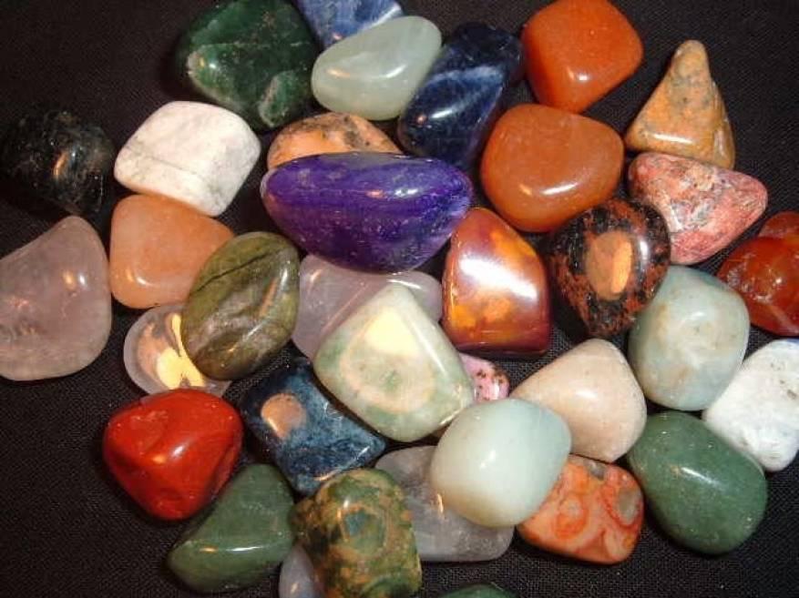 الأحجار الكريمة و تأثيرها عليك من برجك حديث اليوم