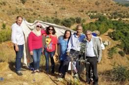 هيئة الأسرى: غرس أشجار زيتون بالجنوب اللبناني وفاء لروح الشهيد الصالحي