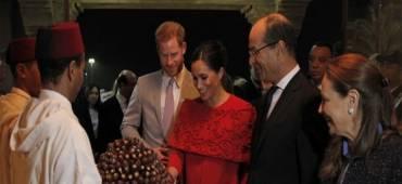 المغرب يستقبل الأمير هاري وزوجته ميغان بالتمر والحليب
