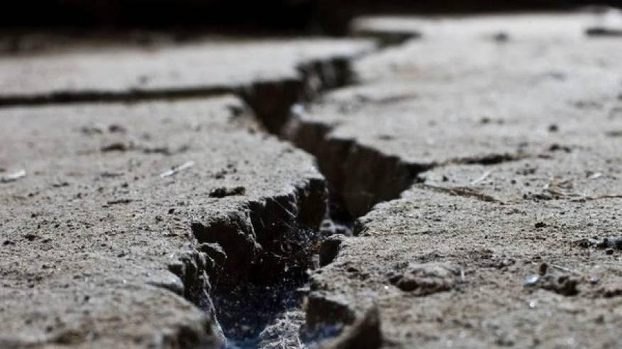 زلزال-1500x9999-c