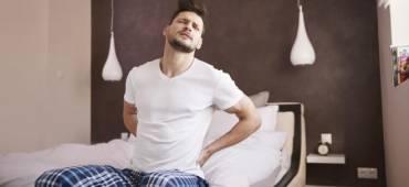سبب الاستيقاظ من النوم و الألم منتشر في جسدك