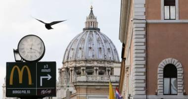 """""""ماكدونالدز"""" يقبل التحدي في الفاتيكان"""