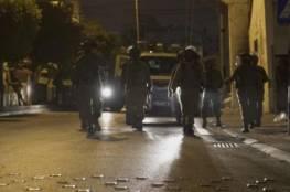 قوات الاحتلال تشن حملة عسكرية واسعة في دير نظام غربي رام الله