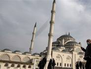 تركيا تسجل 137 وفاة جديدة بكورونا