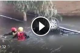 فيديو : سقوط مركبة عائلة من الداخل المحتل في نهر الأردن