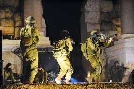 جيش الاحتلال يعتقل 8 فلسطينيين بالضفة والقدس