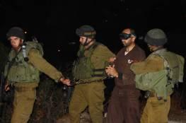 جيش الإحتلال يعتقل 13 مواطناً  ويداهم مناطق متفرقة من الضفة الغربية