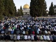 تشديدات أمنية إسرائيلية وحرمان للفلسطينين دون ال40 عاماً من دخول الأقصى