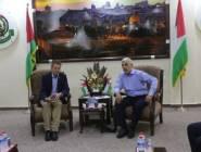 رئيس اللجنة الدولية للصليب الأحمر يصل غزة و يجري اجتماعا مغلقا مع السنوار