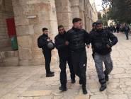 القدس : اعتقالات وطرد لموظفي الأوقاف.....توتر في ساحات الاقصى