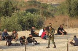 الاحتلال يطارد العمال ويحتجز العشرات منهم غرب بلدة فرعون بطولكرم