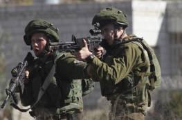 جيش الاحتلال يطلق النار على شاب بنابلس