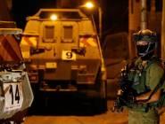 جيش الاحتلال يعتقل 8 مواطنين ويزعم العثور على اسلحة