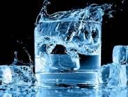 أهم فوائد شرب الماء البارد
