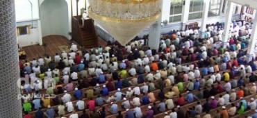 هل الصلاة في المسجد واجبة