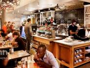 رسوماً على شحن الهواتف يفرضها مقهى في فيينا
