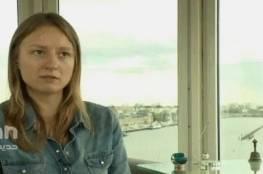 صحفية ألمانية اختطفت في سوريا تهرب برضيعها إلى تركيا