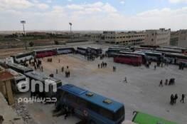 تلفزيون المنار : إجلاء مسلحين جرحى من مخيم اليرموك بسوريا