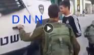 #شاهد : قوات الاحتلال تعتقل الفتى براء جابر من مدينة الخليل اليوم.