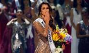 لحظة فوز طالبة فرنسية بمسابقة ملكة جمال الكون