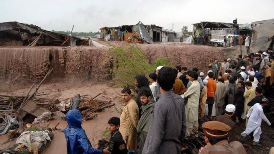 مصرع 63 شخصا جراء الأمطار الغزيرة في باكستان