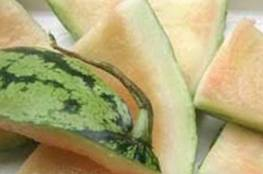 فوائد قشر البطيخ المذهلة والتي تجعلك تفكر مائة مرة قبل رميه